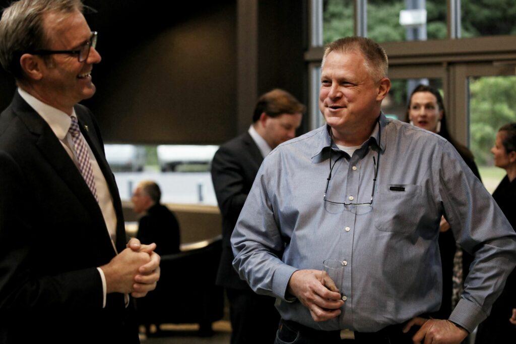 Minister & Graham (Resized)